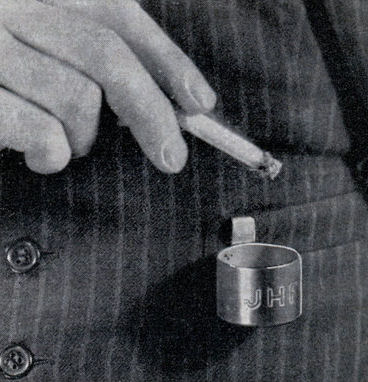 lrg_vest_pocket_ash_tray.jpg